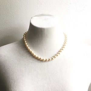 🆕 Listing!  Boutique | Pearls